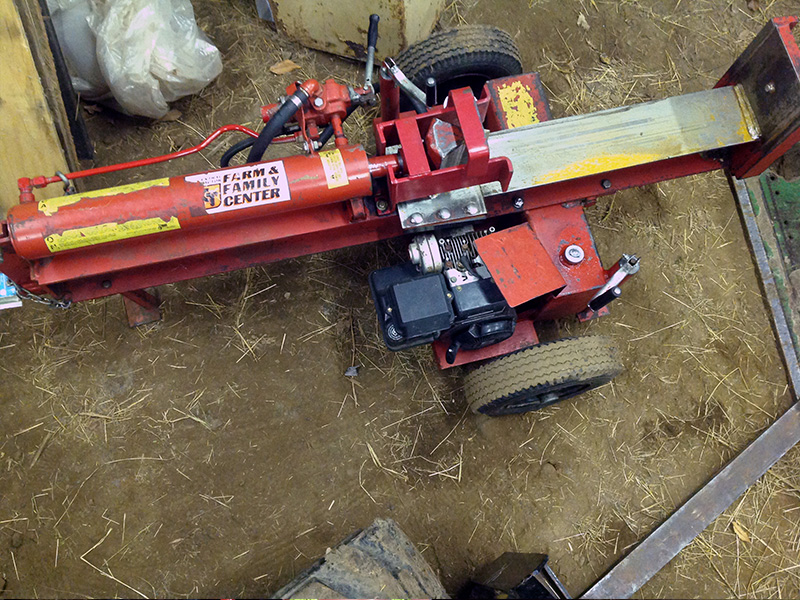 log splitter in use log splitter in use - Home Built Log Splitter Plans